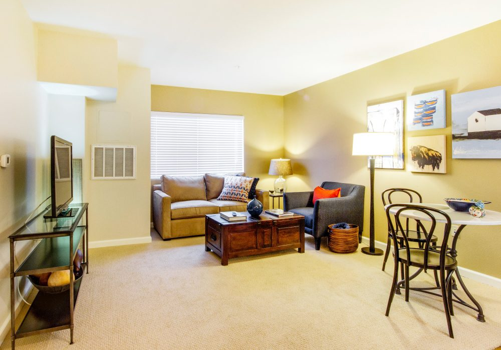Senior Apartment Living Room - Fairwinds - Ivey Ranch