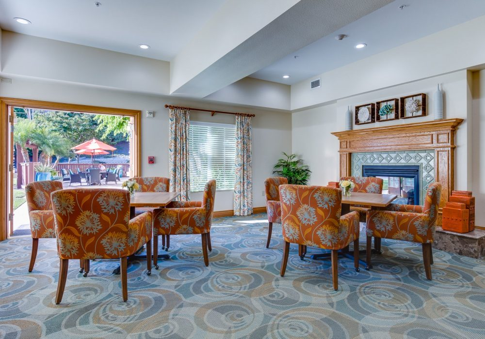 Living Room - Fairwinds - Ivey Ranch Retirement Community