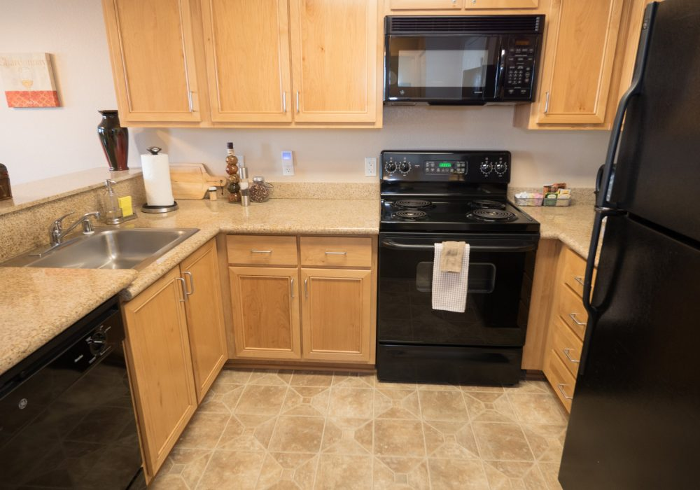 Kitchen - Heritage Estates Assisted Living Apartments