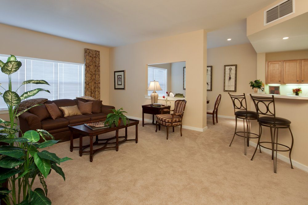 Dining Room - MacKenzie Place Retirement Community Colorado Springs