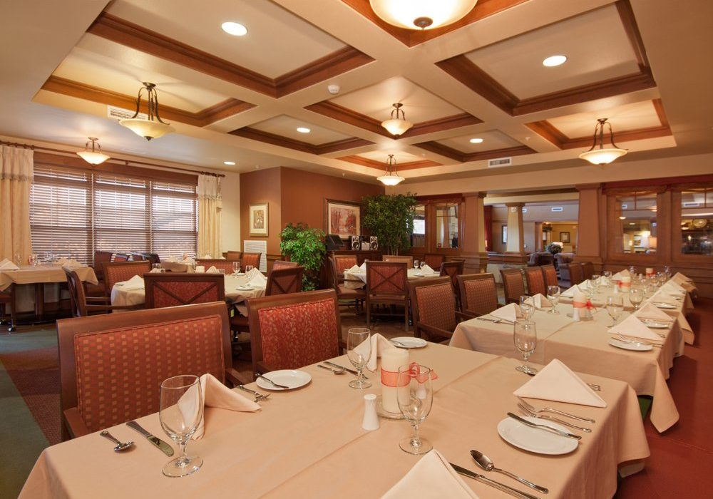 Dining Room - Palmer's - MacKenzie Place Retirement Community Colorado Springs