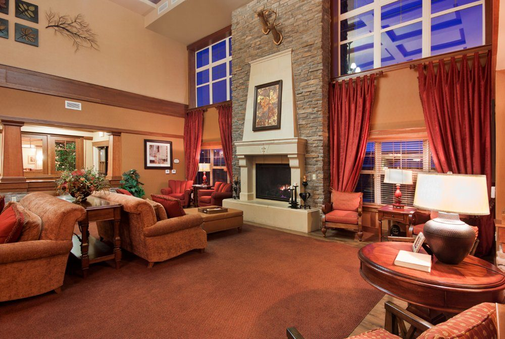 Living Room - MacKenzie Place Retirement Community Colorado Springs
