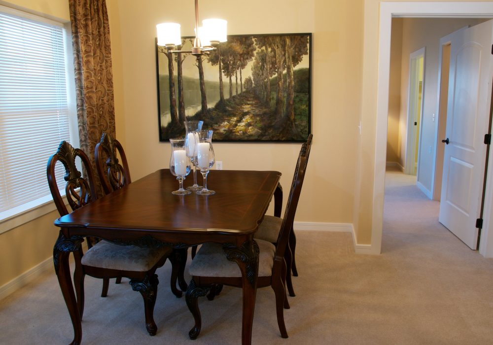 Apartment Dining Room - MacKenzie Place Retirement Community Fort Collins