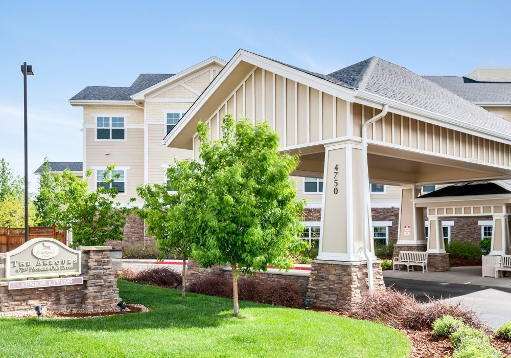 Exterior View - MacKenzie Place Retirement Community Fort Collins