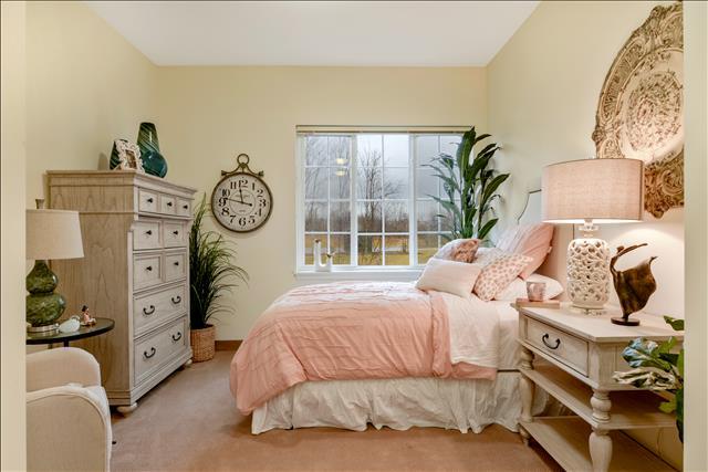 Memory care neighbor suite