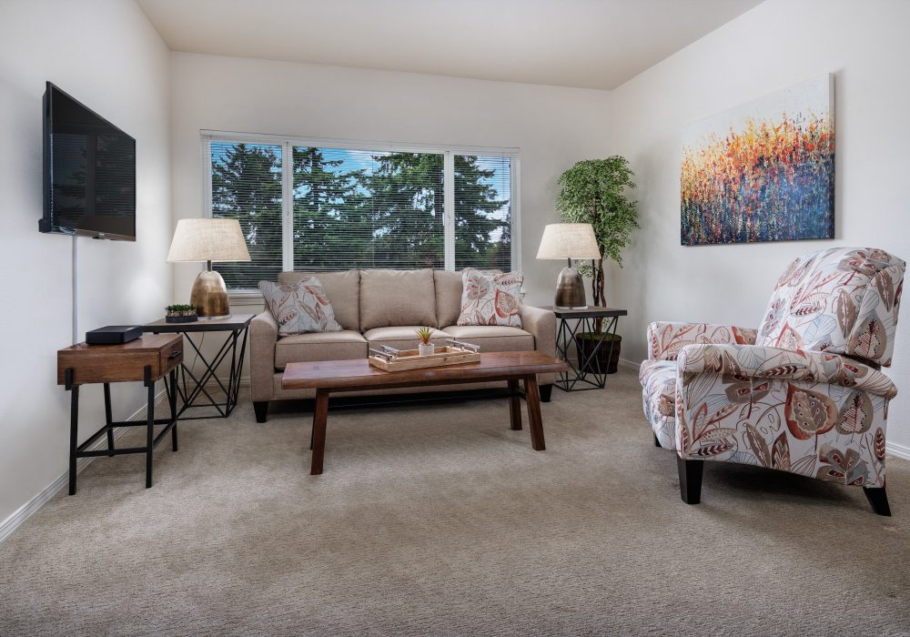 One bedroom living room at Russellville Park